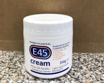 E45 MOISTURISING CREAM TREATMENT FOR DRY SKIN - 350g